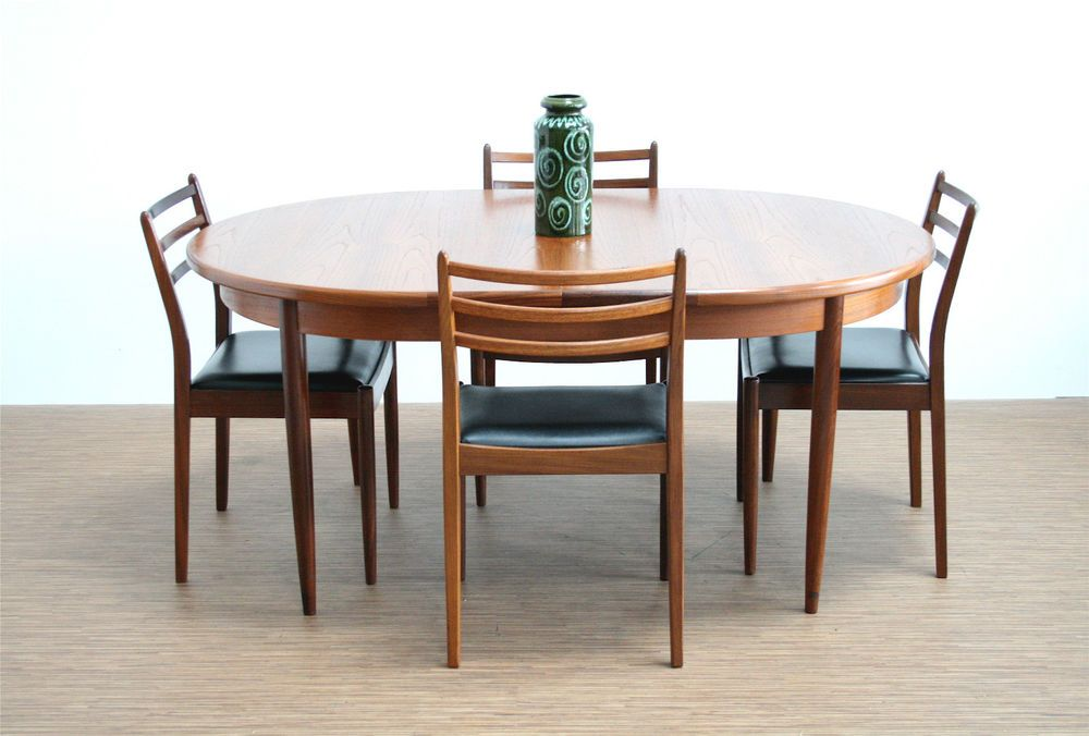 Vintage 1970 S Oval G Plan Dining Table And 4 Chairs Apartment Dining Area Dining Table Apartment Dining