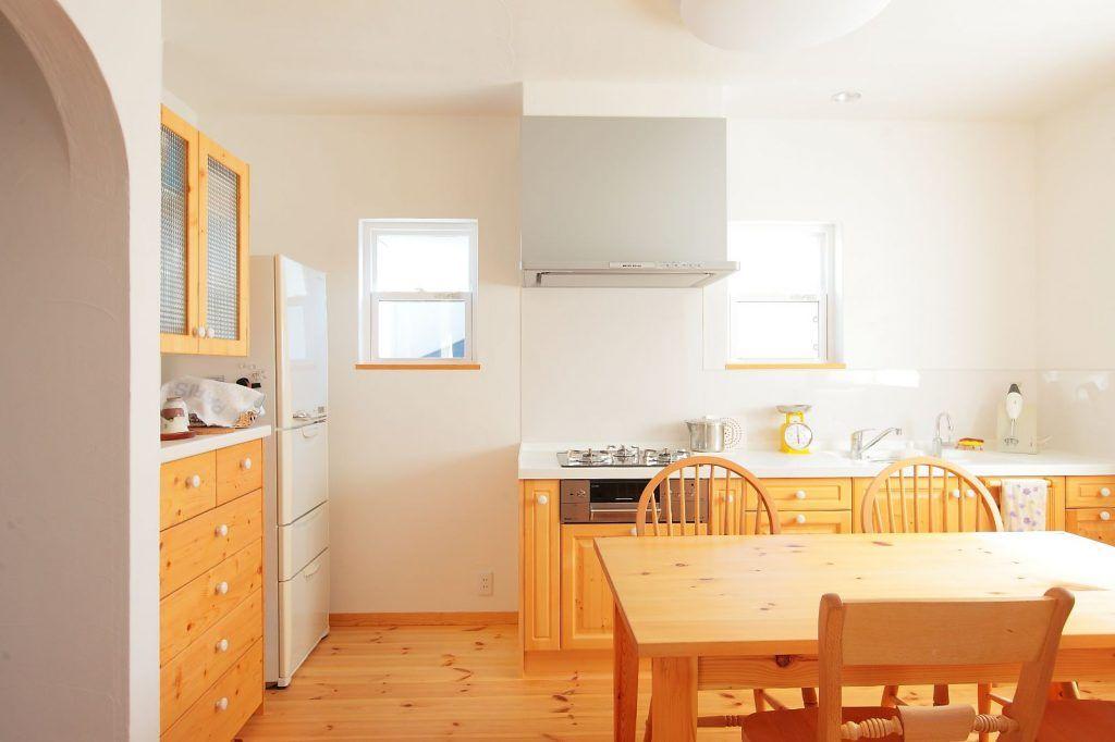 【アイジースタイルハウス】キッチン。キッチンは壁付にし、ダイニングスペースを広々確保