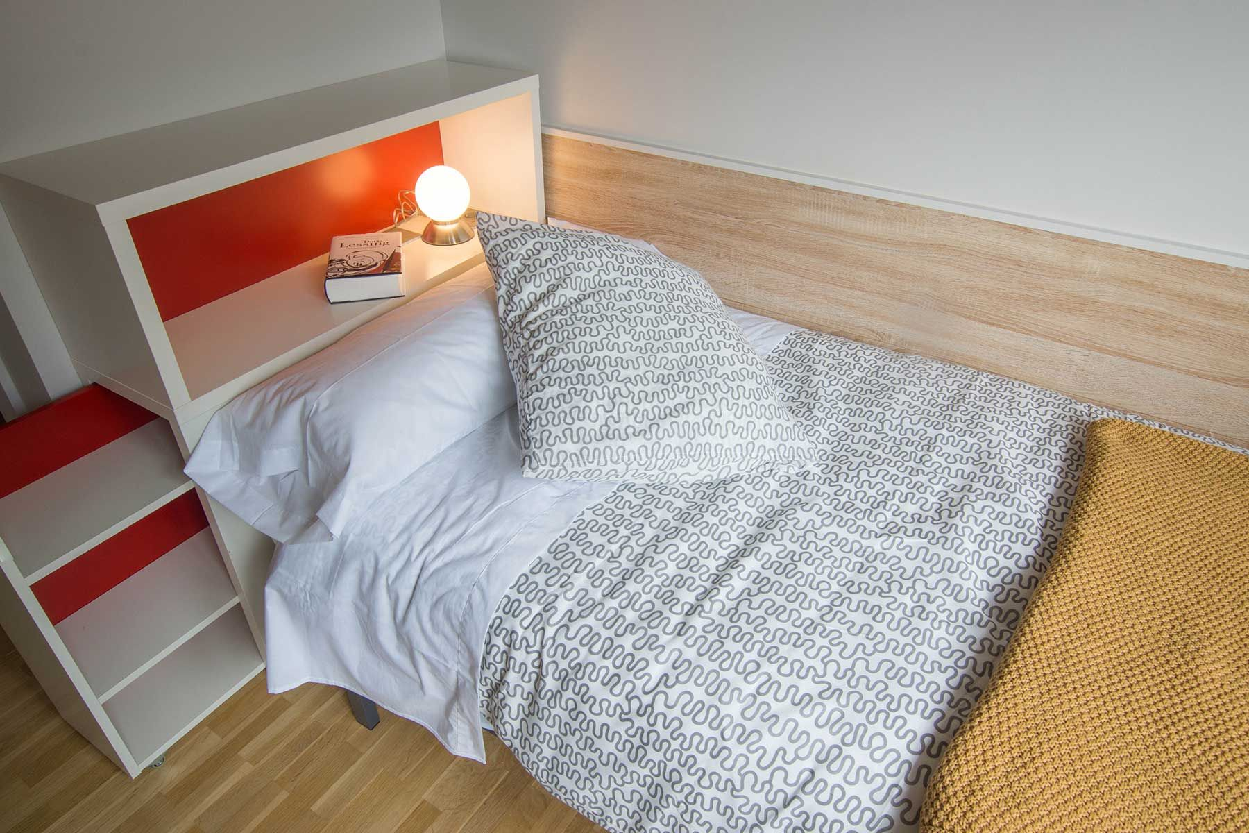 www.casalarraina.com Dormitorio 4, detalle.