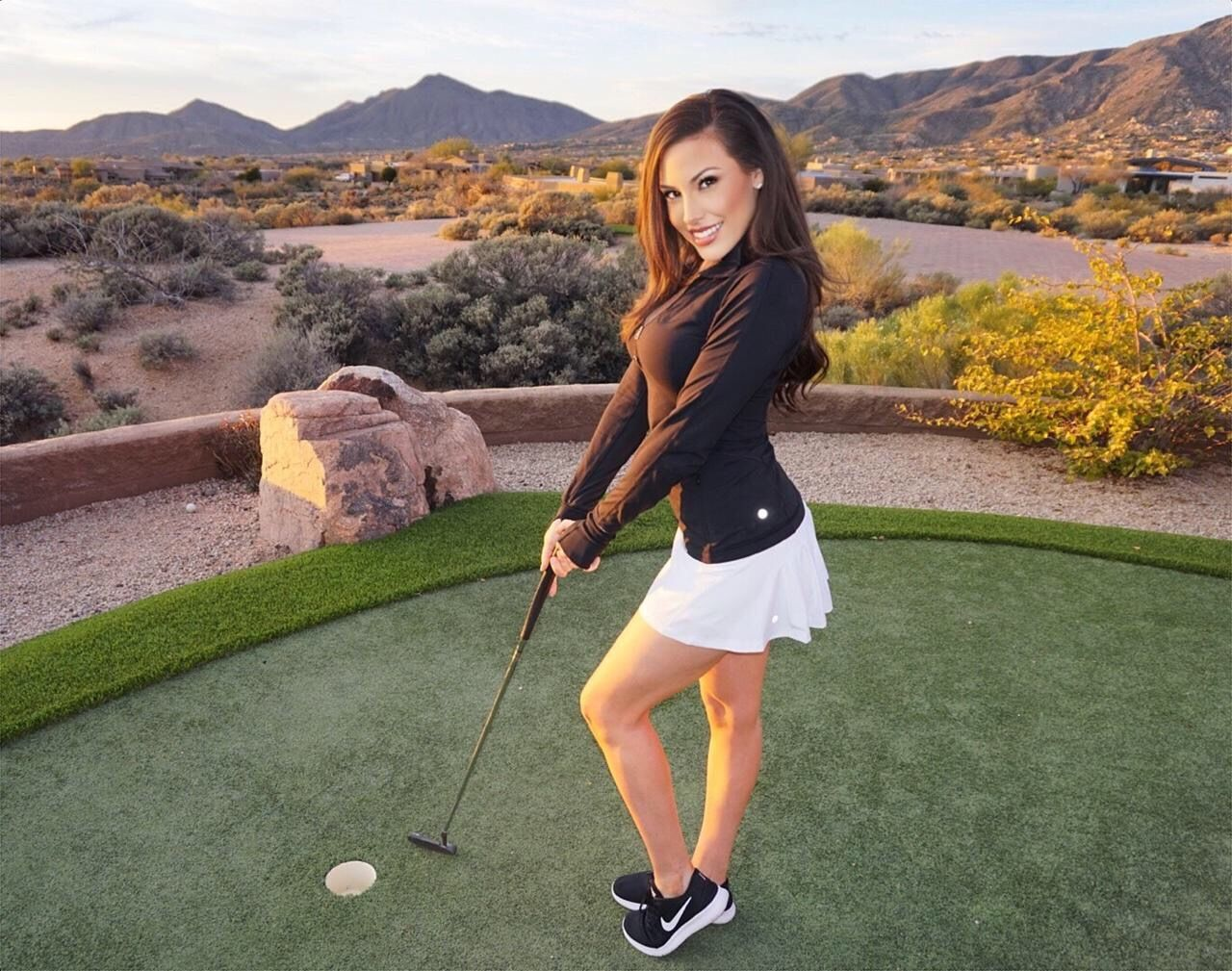 How to Shop For Women's Golf Outfits For Summer For Women