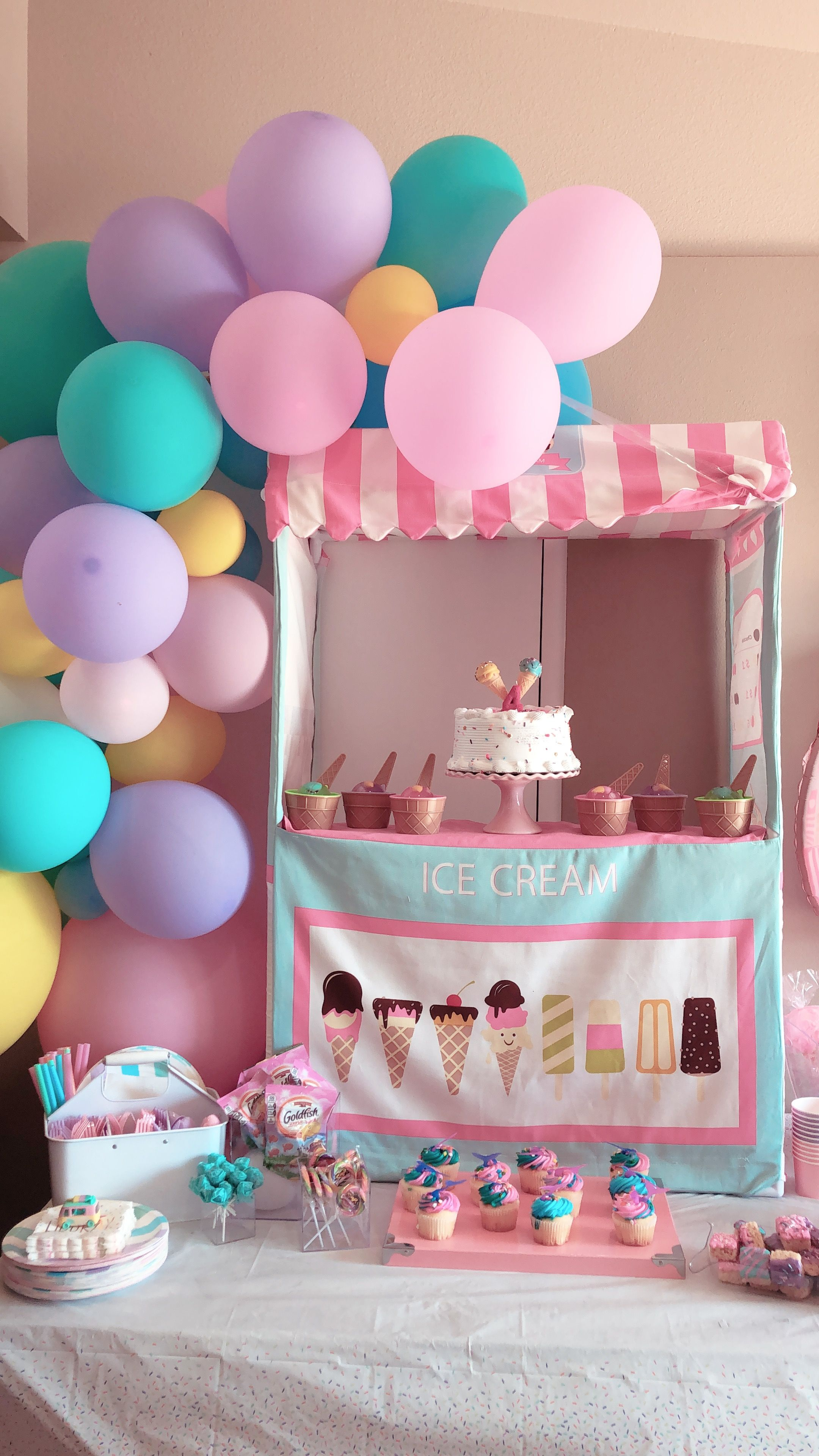 ice cream birthday party for my 4 year old | birthday party ideas in