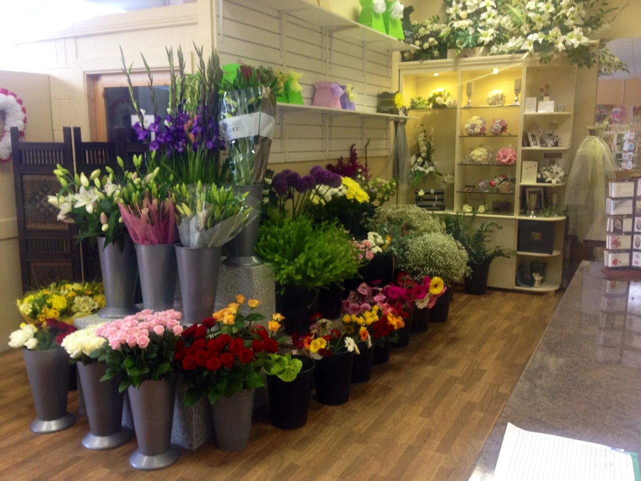 Flower shop florist shop flowers flower display unforgettable unforgettable florist cork send beautiful flowers made by our expert florists for same day flower delivery in cork izmirmasajfo Gallery