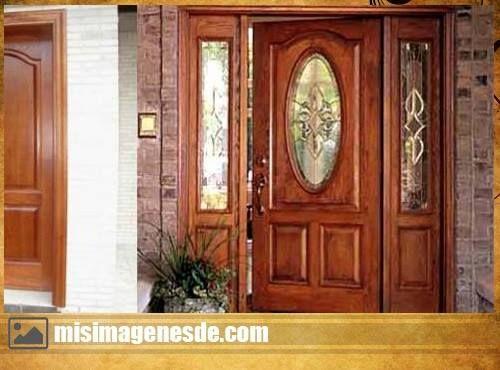 Puertas de madera 500 370 almohadas y cojines for Puertas principales rusticas madera