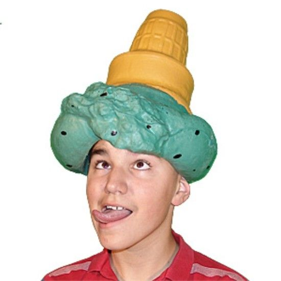 The 20 Craziest Most Outlandish Hats We Ve Seen At The: Weird Hats Styles (14)