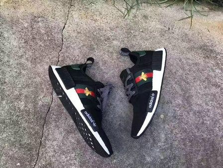 DS Adidas NMD R1Tri Color Black Red White BB 2887 Primeknit