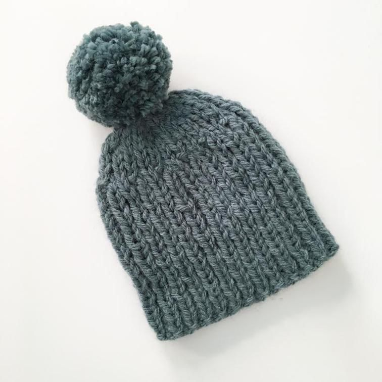 Chunky Knit Hat Pattern Roundup! 12 Quick & Cozy Patterns | Kid/Baby ...