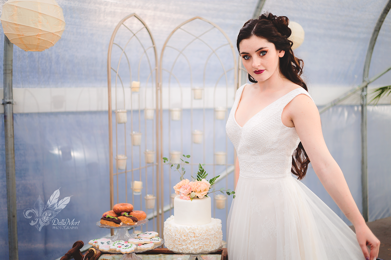 Wedding Styled Shoot By Dellamort Photography In Portland Oregon Dress By Heavenly Bridal Cake By Cakes By Laura Llc Cook Wedding Bridal Wedding Photography