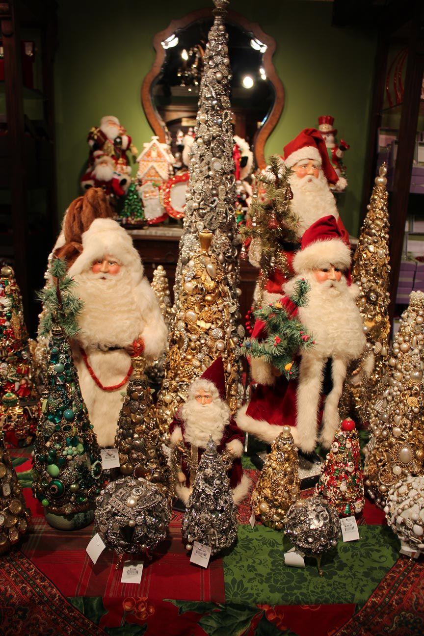 Rogers Gardens Christmas Holiday decor