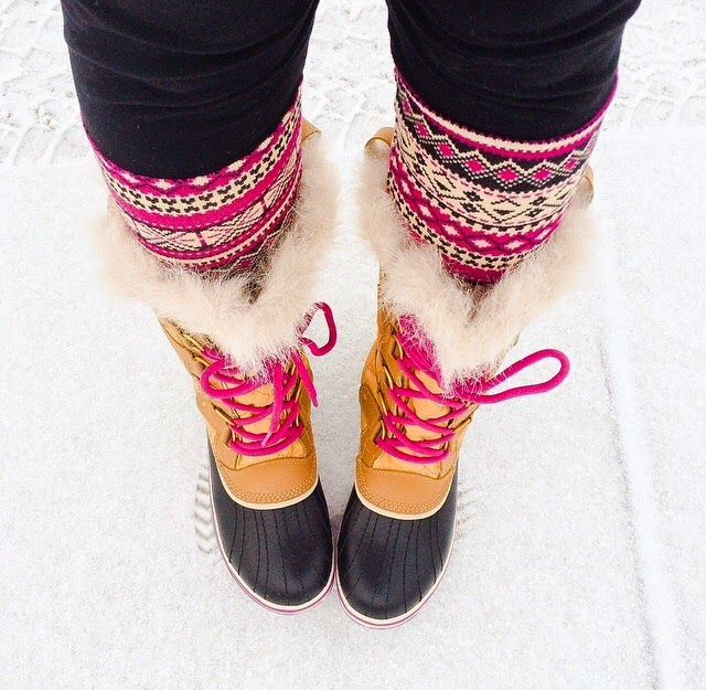 Sorel Tofino snow boots in 'curry' and fair isle leggings | Boot ...