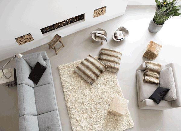 Minimalismus wohnzimmer teppich pelzkissen kamin wohnraum wohnzimmer wohnzimmer design und - Grunes wohnzimmer design ...