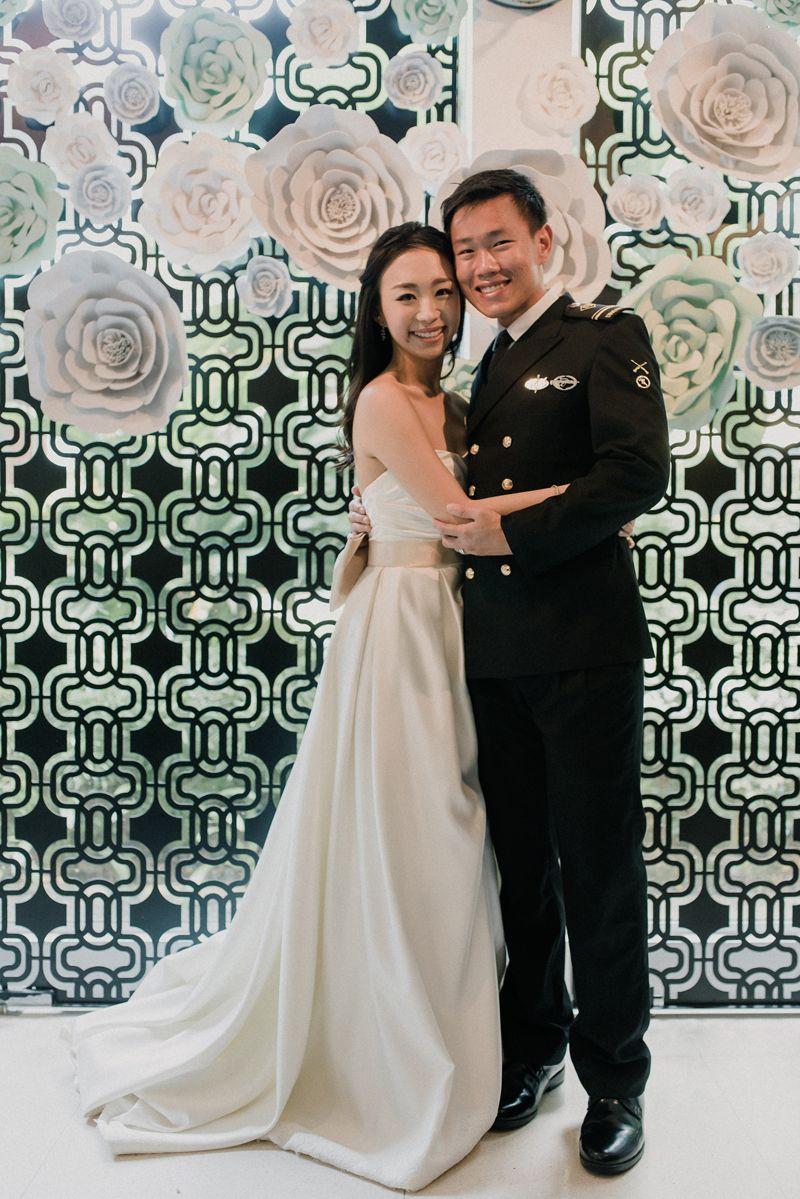 Charming Solemnisation At Skyve Wine Bistro Wine Bistro Intimate Wedding Wedding Moments [ 1199 x 800 Pixel ]