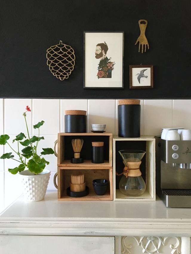 Küchendetails Bei MiMaMeise Schwarze Wand Holzelemente Und Weiße - Weisse backstein fliesen