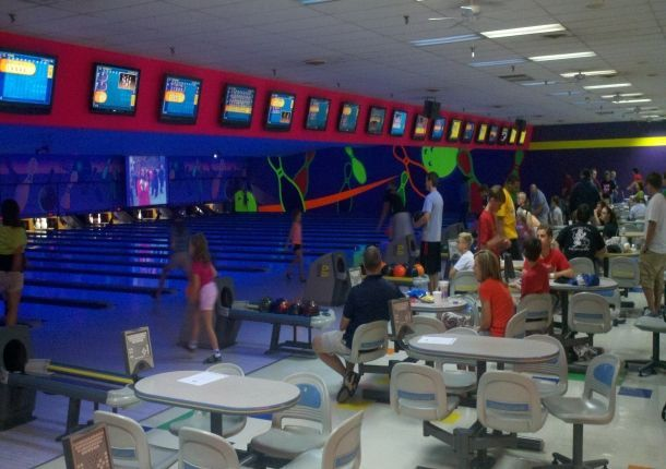 An Upscale Entertainment Center Andy B S Offers Vib Luxury Bowling Underground Laser Tag A Large Game Room Party And Conference R With Images Social Games Entertainment