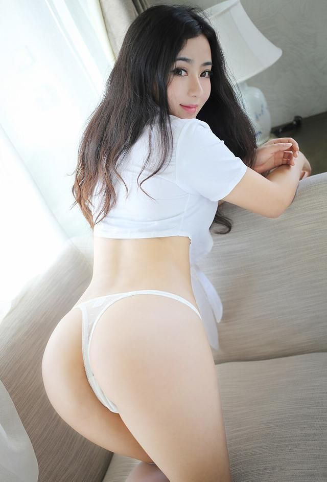 spread cheeks Asian ass