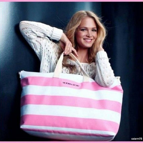 New & Beautiful Victoria Secret Traveling Bag Beautiful Limited Edition Victoria Secret Traveling Bag Victoria's Secret Bags Travel Bags