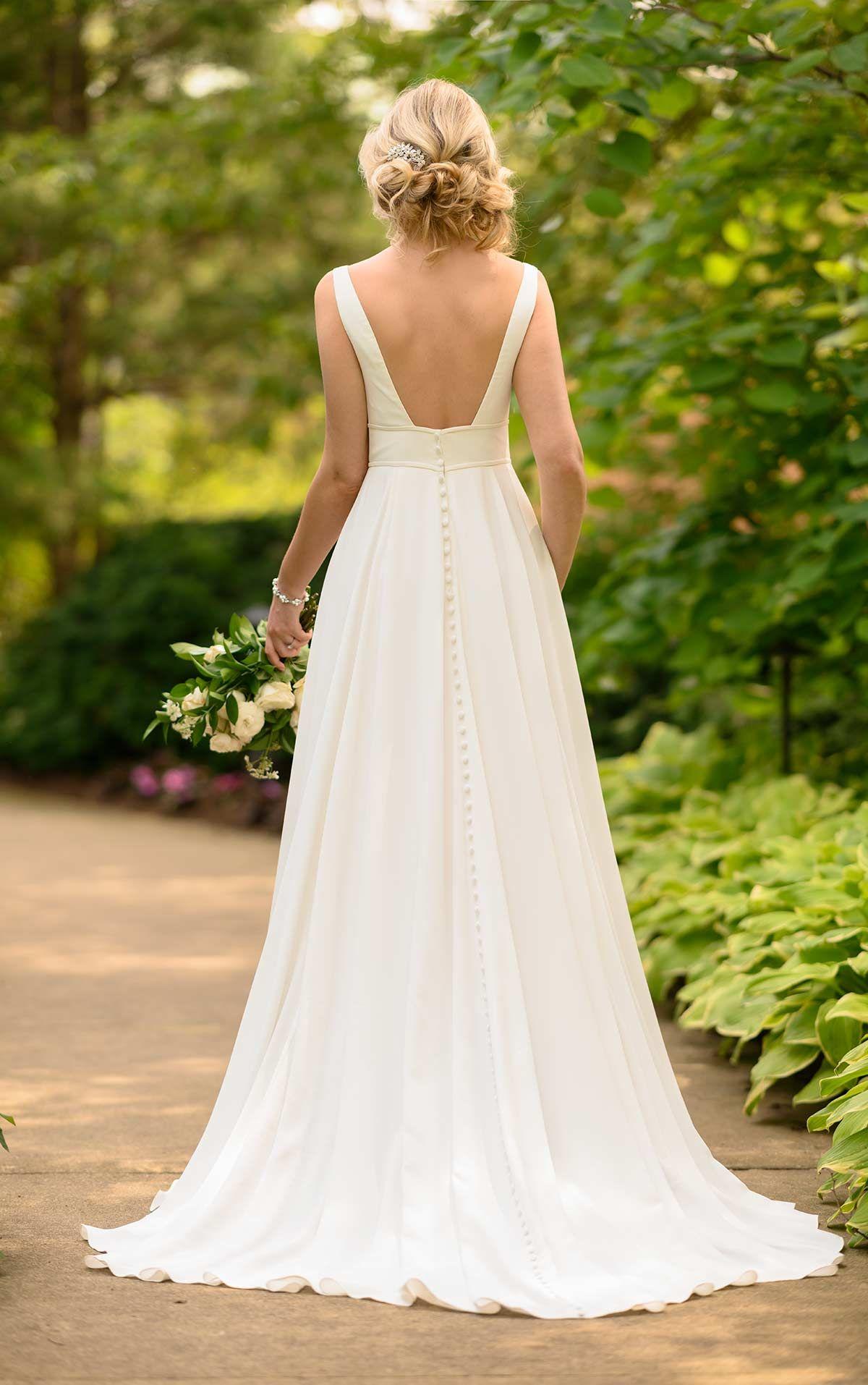 Minimalist Grecian Inspired Wedding Gown Stella York Wedding Dresses Grecian Wedding Dress Stella York Wedding Dress Grecian Wedding [ 1914 x 1200 Pixel ]