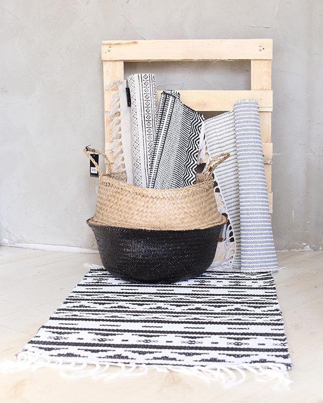Yay for plastic rugs! ✔️ These popular Inka & New Inka plastic rugs now available in size 60x90cm! #housedoctor #housedoctordk #plasticrug #plastic #rug #muovimatto #matto #blackandwhite #mustavalkoinen #mustavalkoinenkoti #eteinen #keittiö #homeinspo #interiordecor #interiorinspo #seagrass #seagrassbasket #basket #kori #säilytys #kevät2016 #interior4all #interiorshop #miadesignshop #miadesign #sisustusliike #sisustuskauppa #oulu #oulussa #scandinavianstyle