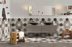 Risultati immagini per idee arredo piastrelle bagni