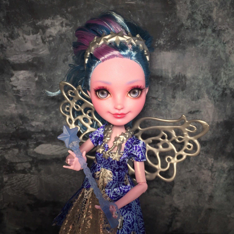 Un favorito personal de mi tienda Etsy https://www.etsy.com/es/listing/291791443/farrah-goodfairy-eah-ooak-doll-custom