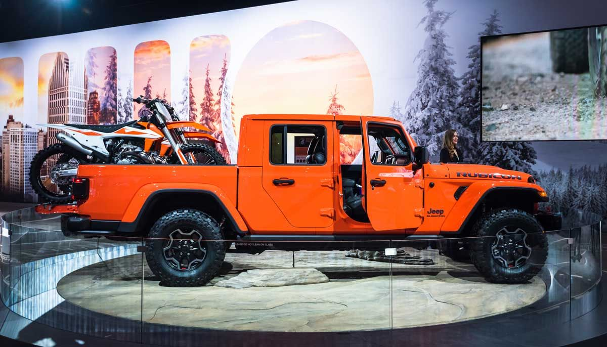 2020 Jeep Gladiators Recalled Over Safety, Crash Risk