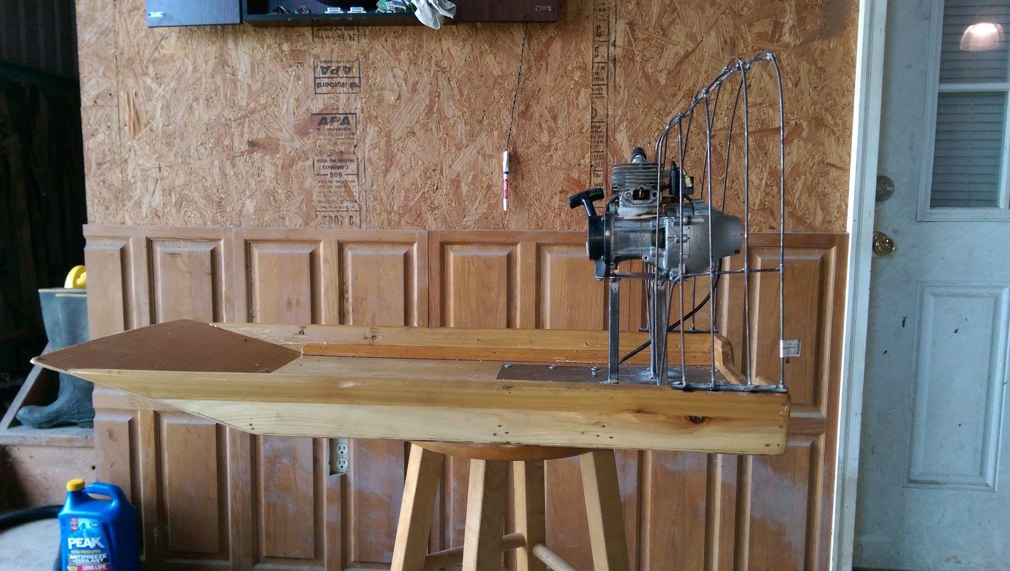 Homemade plywood hull 3 39 l x 14 w 94hp weedeater for How to build an airboat motor