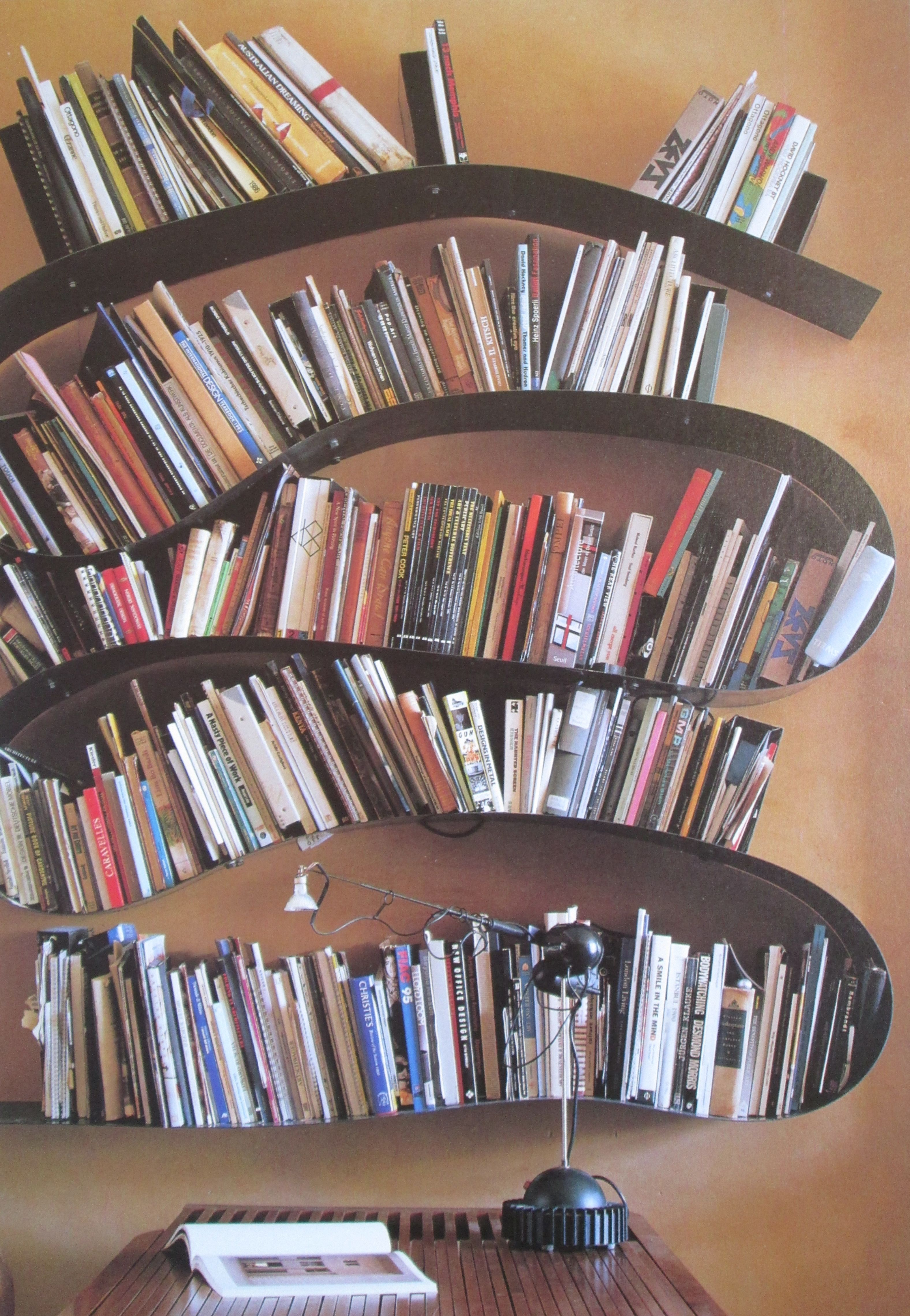 Bookworm, Ron Arad Kartell