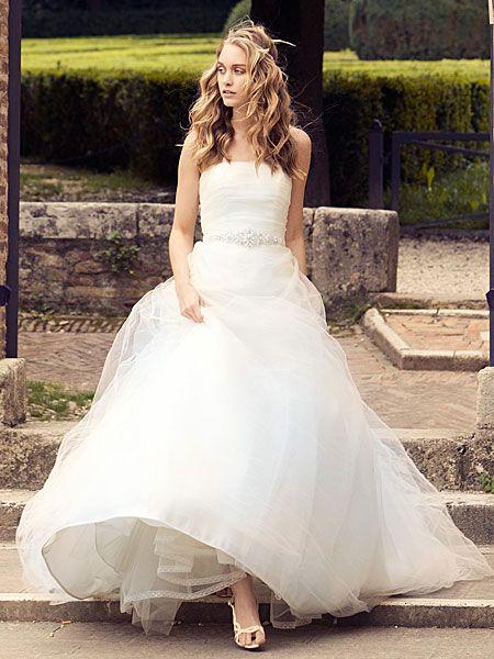 Trouwjurk Gezocht.Bruidsmode Bruidsjurk Trouwjurk Gezocht Weddingology Wedding