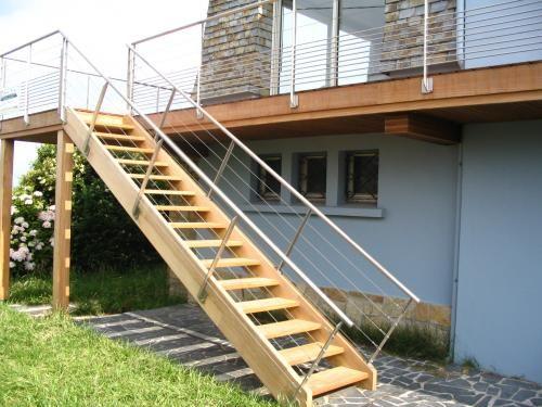 construire son escalier en bois ext rieur est souvent compliqu voici quelques astuces sur les. Black Bedroom Furniture Sets. Home Design Ideas