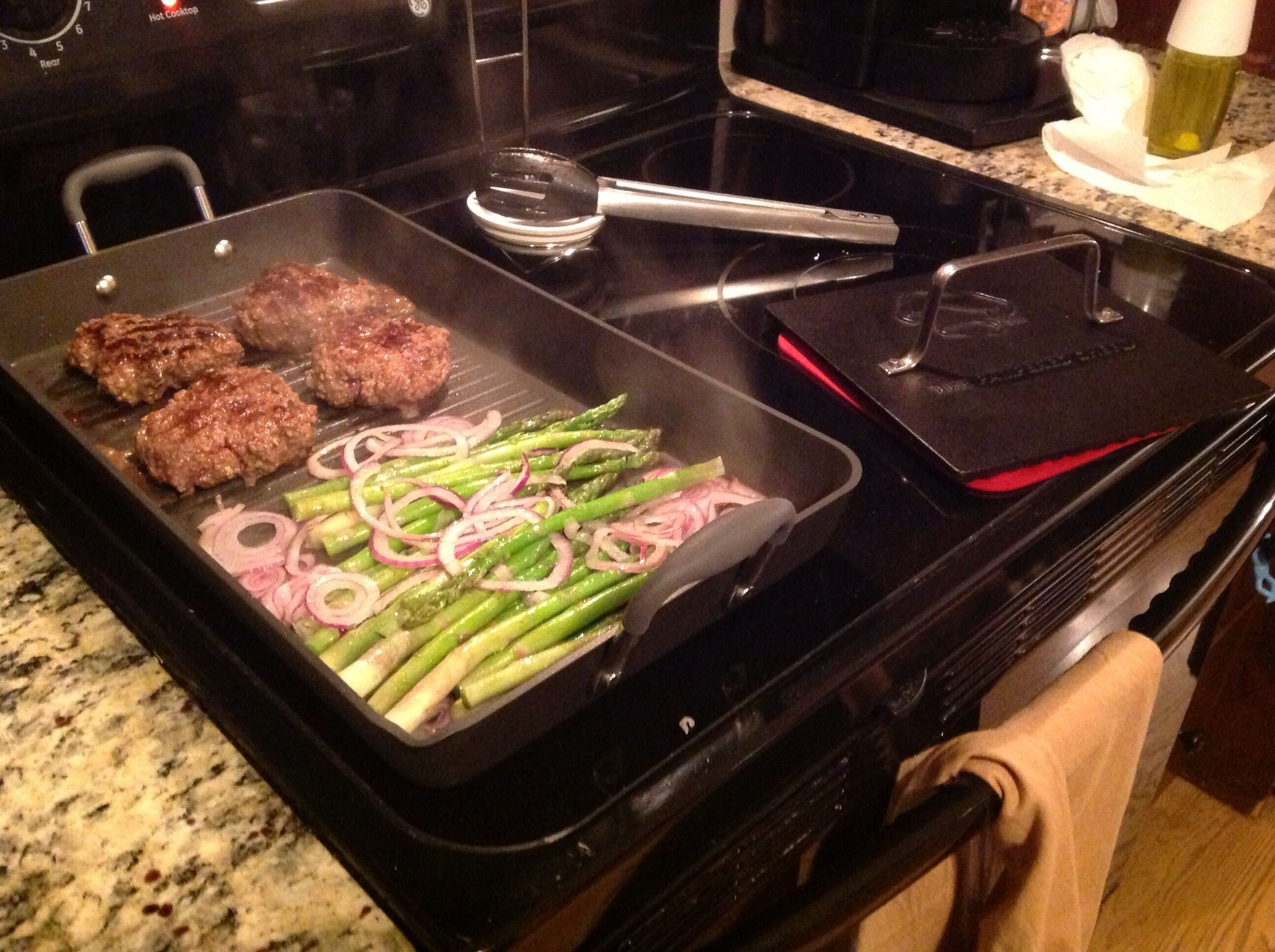 Double Burner Grill Pan makes cooking easy wwwpamperedchefbiz