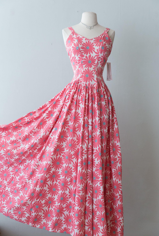 Vintage 1930s Dress 30s Cotton Maxi Dress With Massive Full Etsy Vintage 1930s Dress Summer Maxi Dress Floral Maxi Dress Cotton [ 3000 x 2031 Pixel ]
