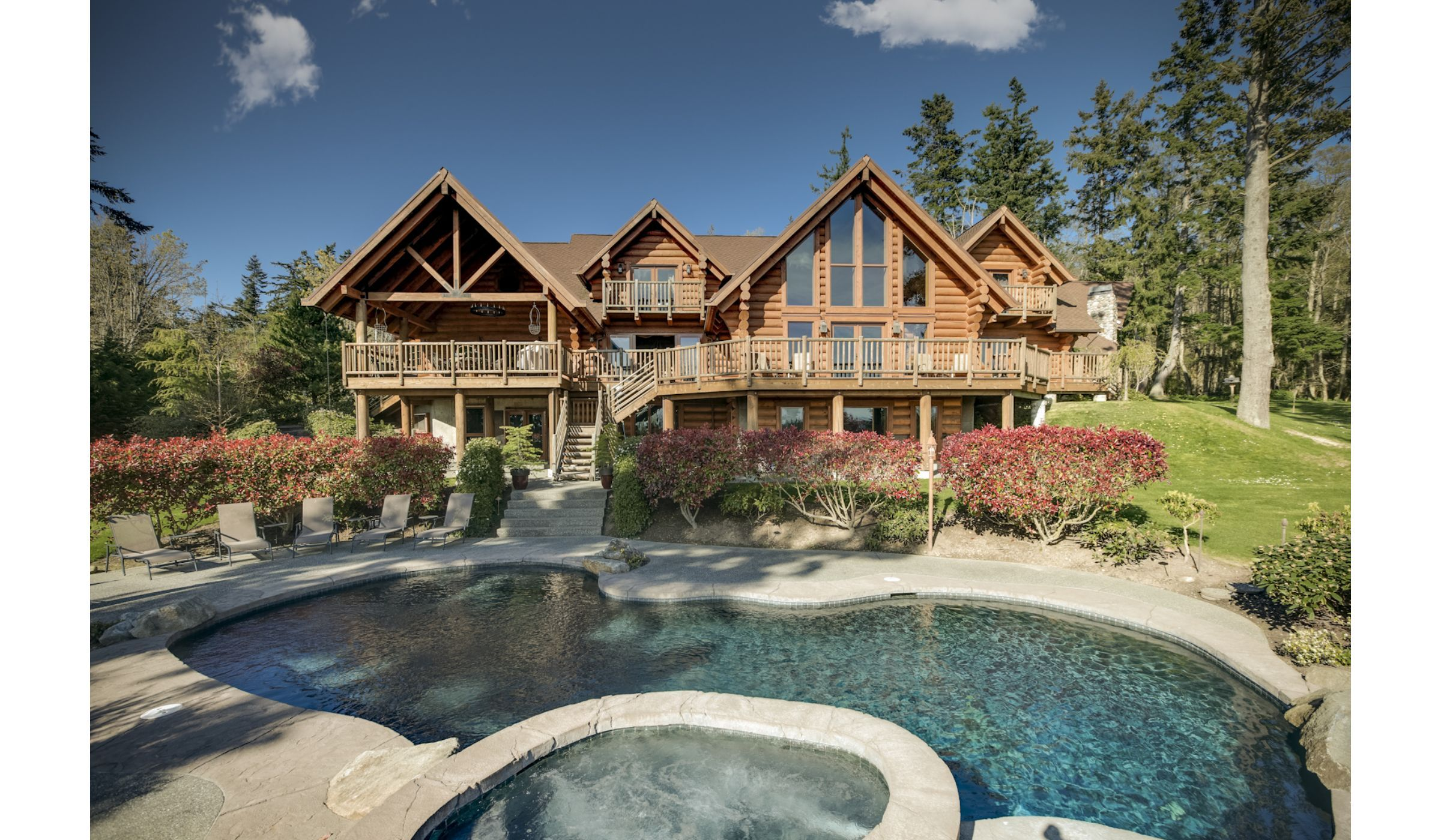 What a beautiful house Camano Island Backyard