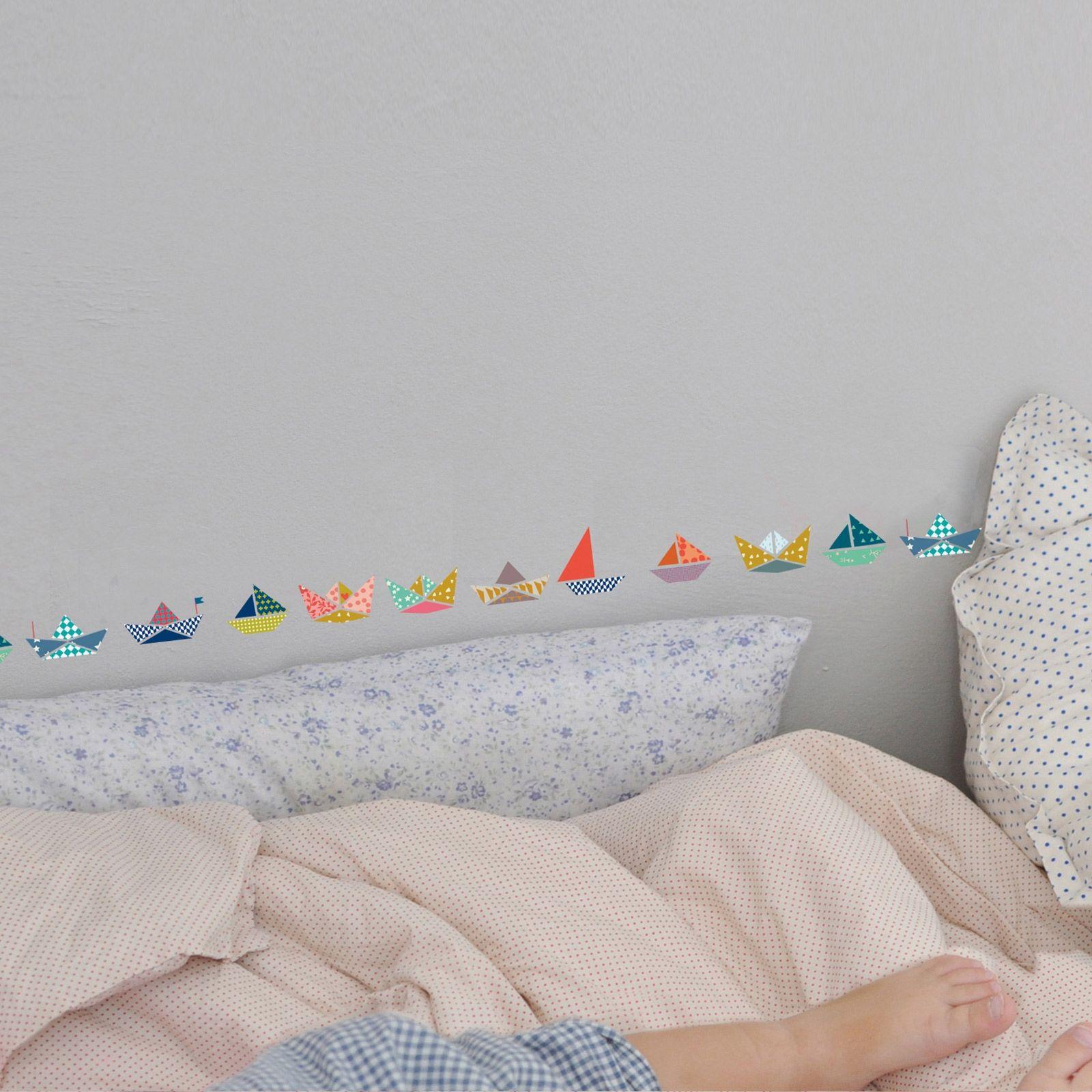 cette frise mural bateaux par mimi 39 lou apportera une note. Black Bedroom Furniture Sets. Home Design Ideas