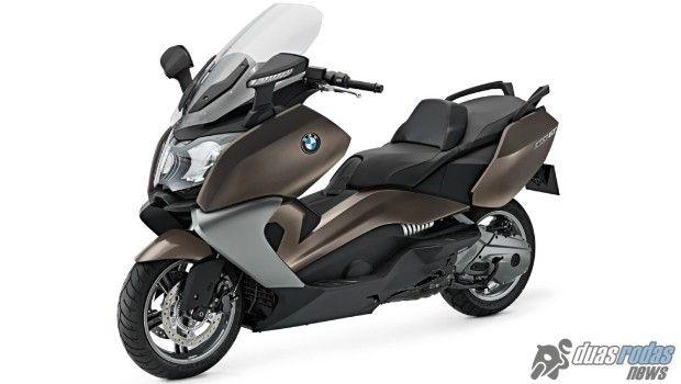 chega ao mercado brasileiro o maxi scooter bmw c 650 gt motos rh pinterest com