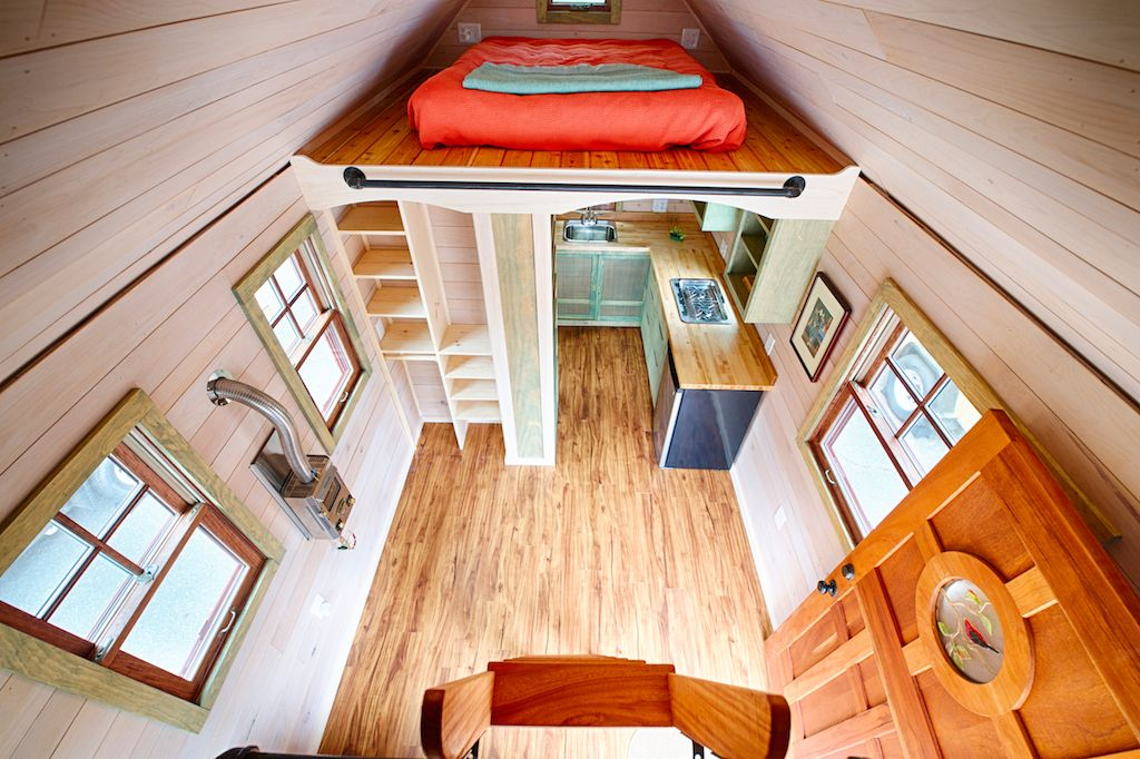 pin by haw creek michael s pins on tiny and small homes tiny rh pinterest com