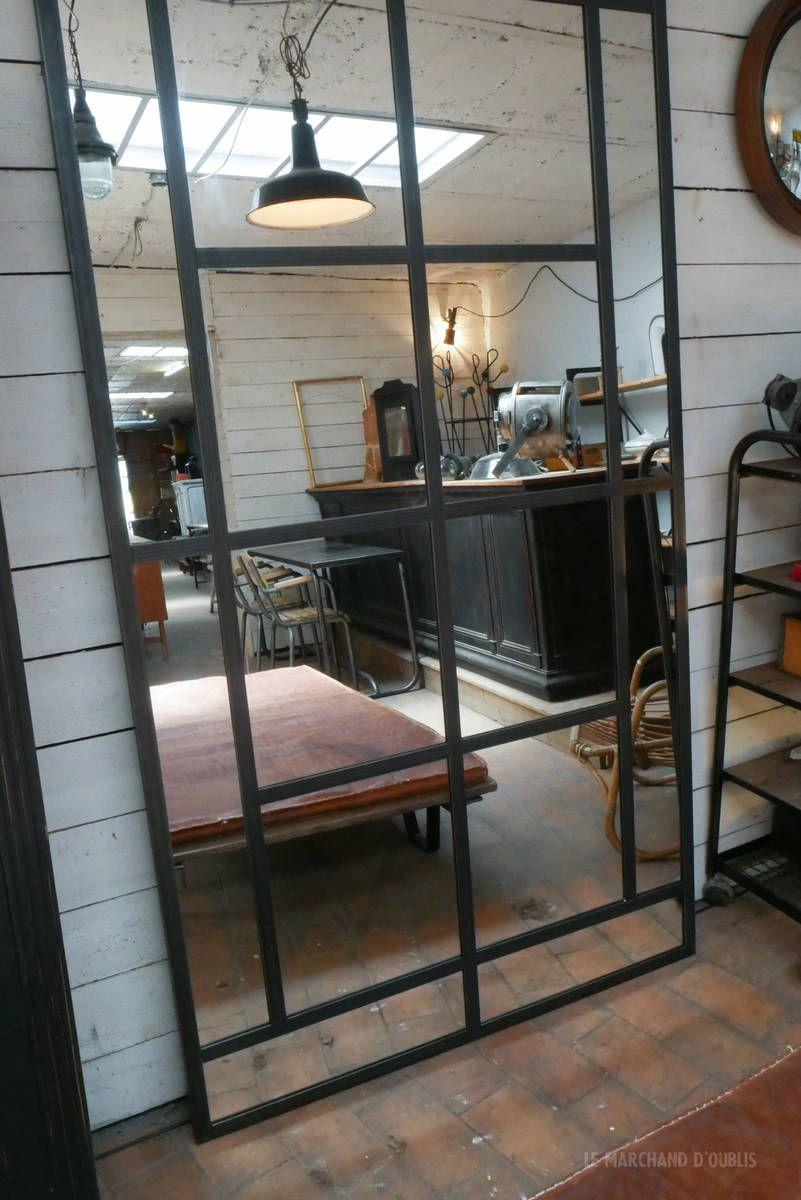 Miroir Industriel Par Le Marchand D Oublis Avec Images Miroir Industriel Porte Coulissante Miroir Miroir