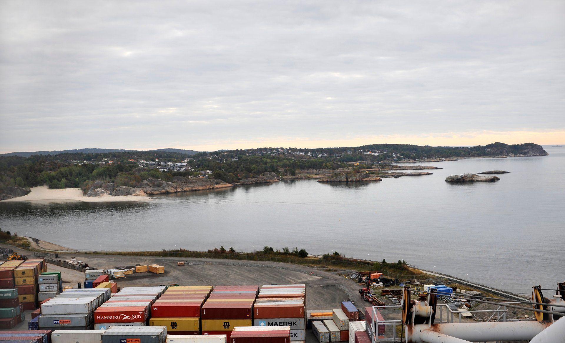 d15b3606 Østlands-Posten - Se de spektakulære bildene fra krana på Revet ...