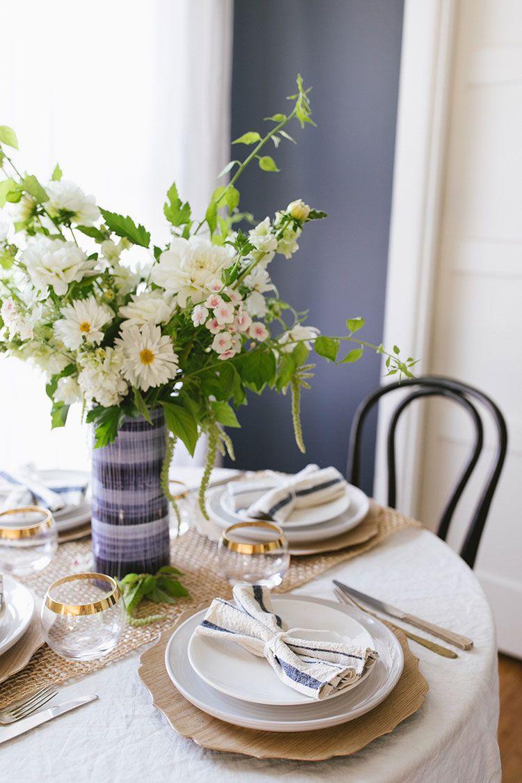Remarkable A Summery Brunch Tablescape Entertaining Dinner Parties Short Links Chair Design For Home Short Linksinfo