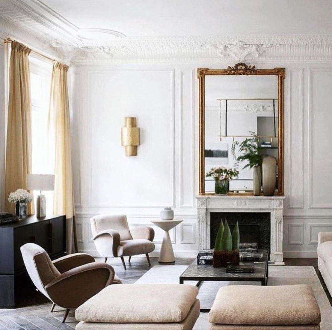 Vintage Classic Minimalist Living Room Decor Ideas With