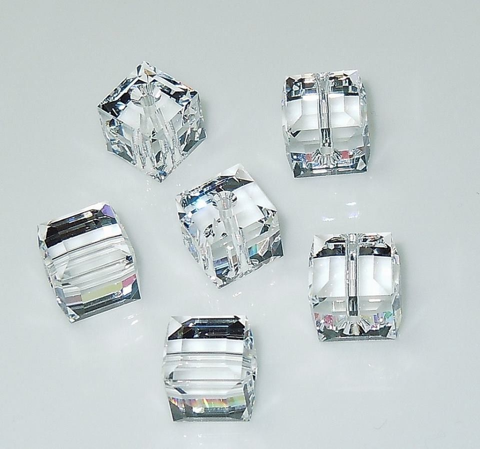 88db92ec5e0578 5601-4-cr Swarovski Crystal 4mm Crystal Cube Beads (Package of 12 Beads)
