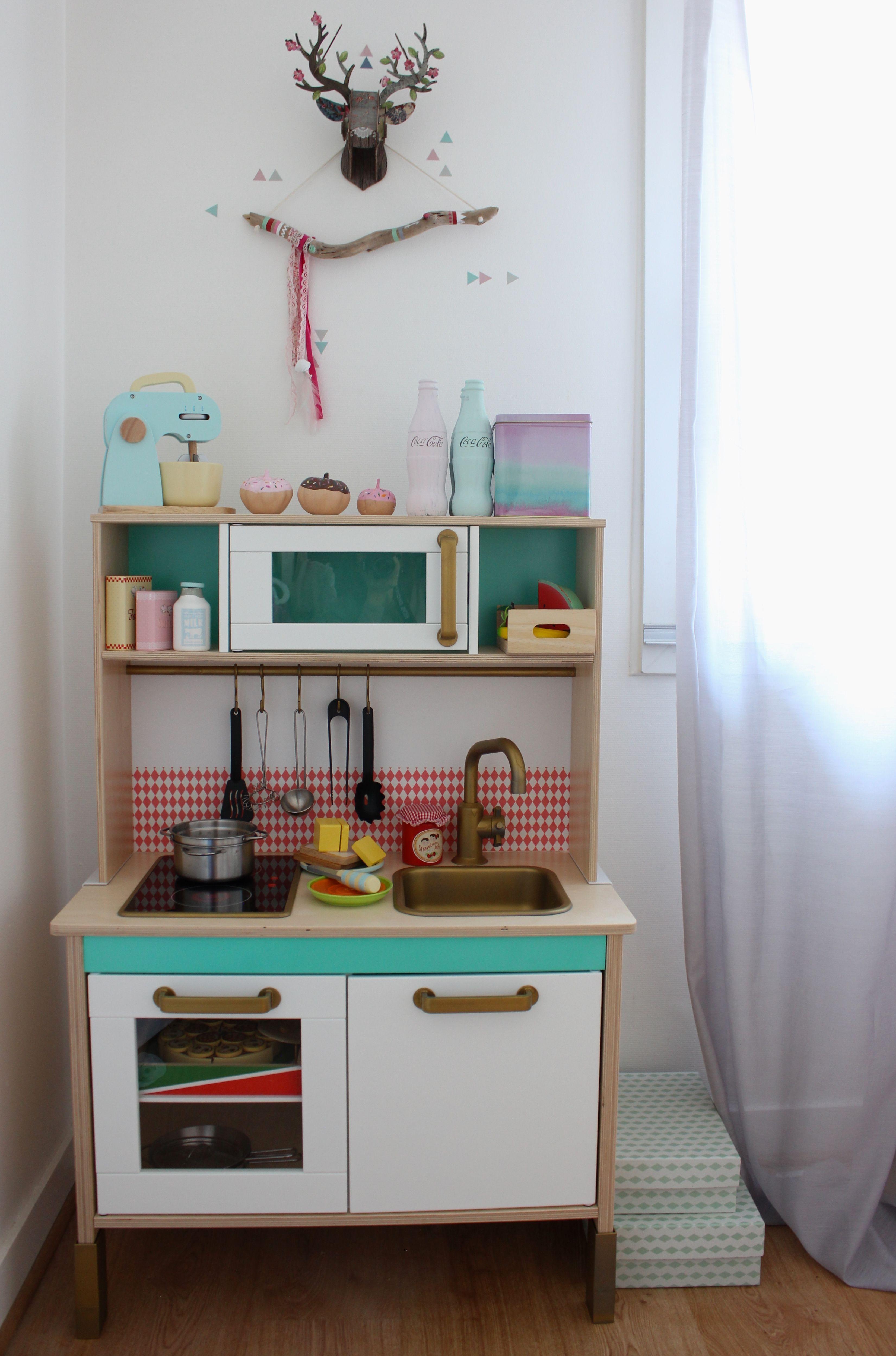 jouet cuisine ikea cuisine znfant ikea jouet en bois les petites cuisines pour enfants enfant. Black Bedroom Furniture Sets. Home Design Ideas