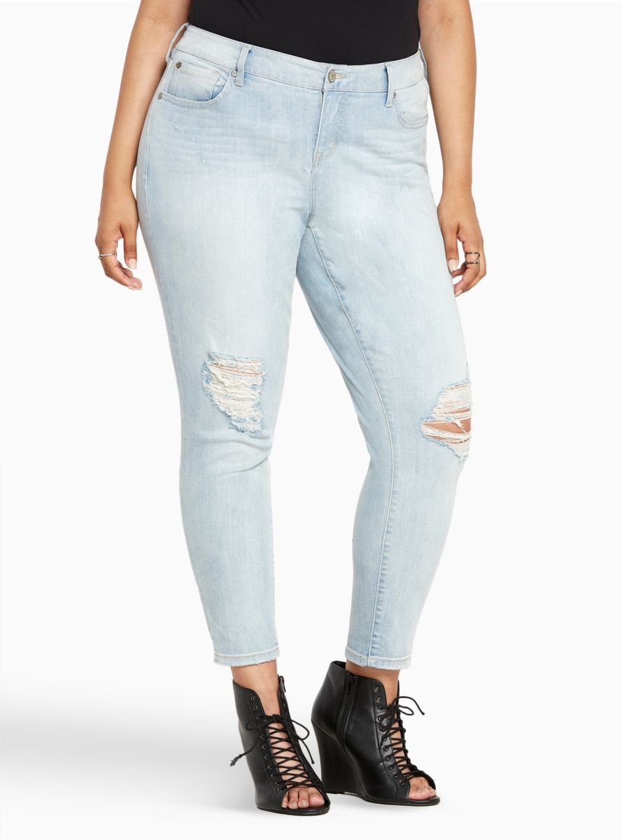 Girlfriend Jeans Light Wash with Ripped Destruction Tall