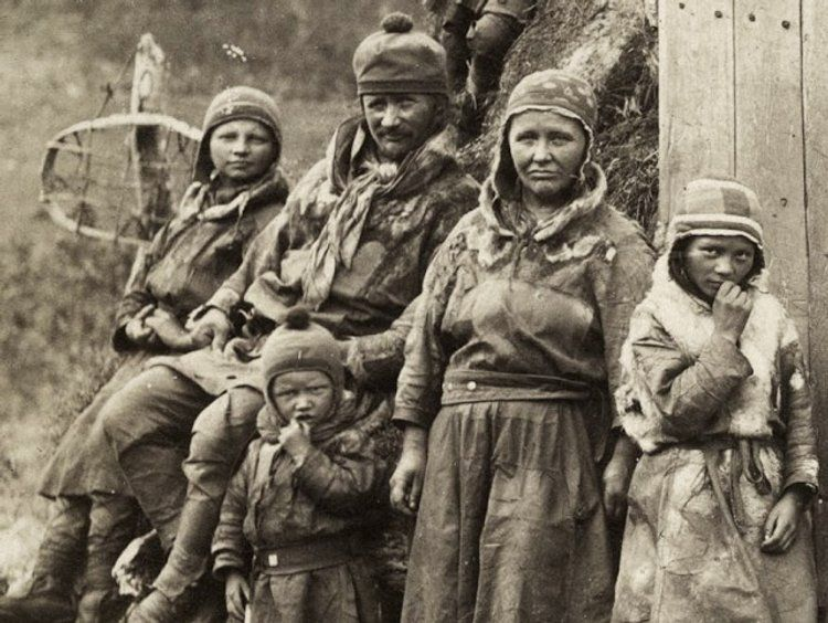 40 Rare Photos Of Indigenous Sami People Of The Nordic Areas And North Western Russia From The Early 20th Century Vintage Wwii Photos Rare Photos Press Photo