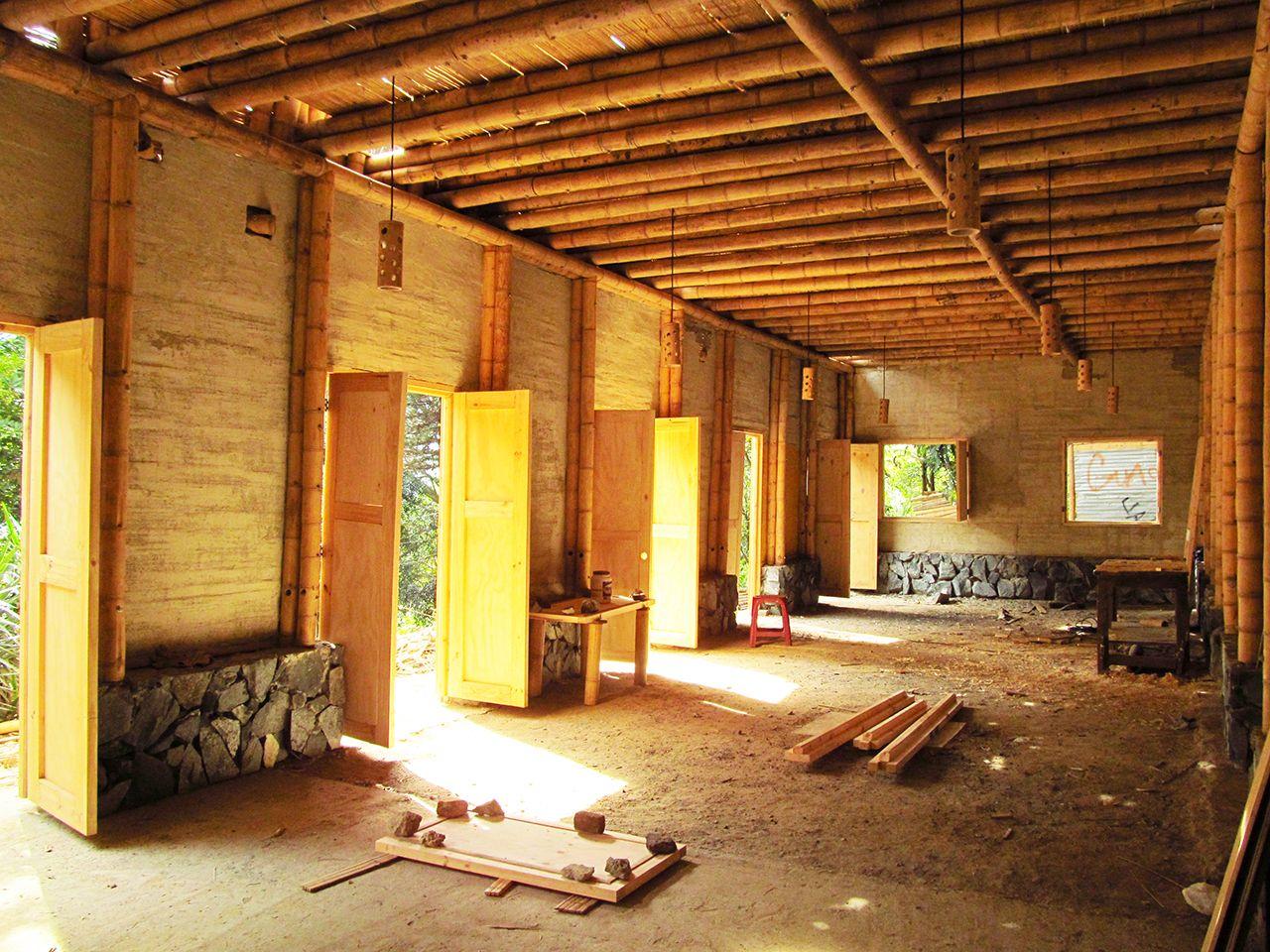 Galera de Cali Colombia Escuela de Bamb inicia campaa para finalizar su construccin  21
