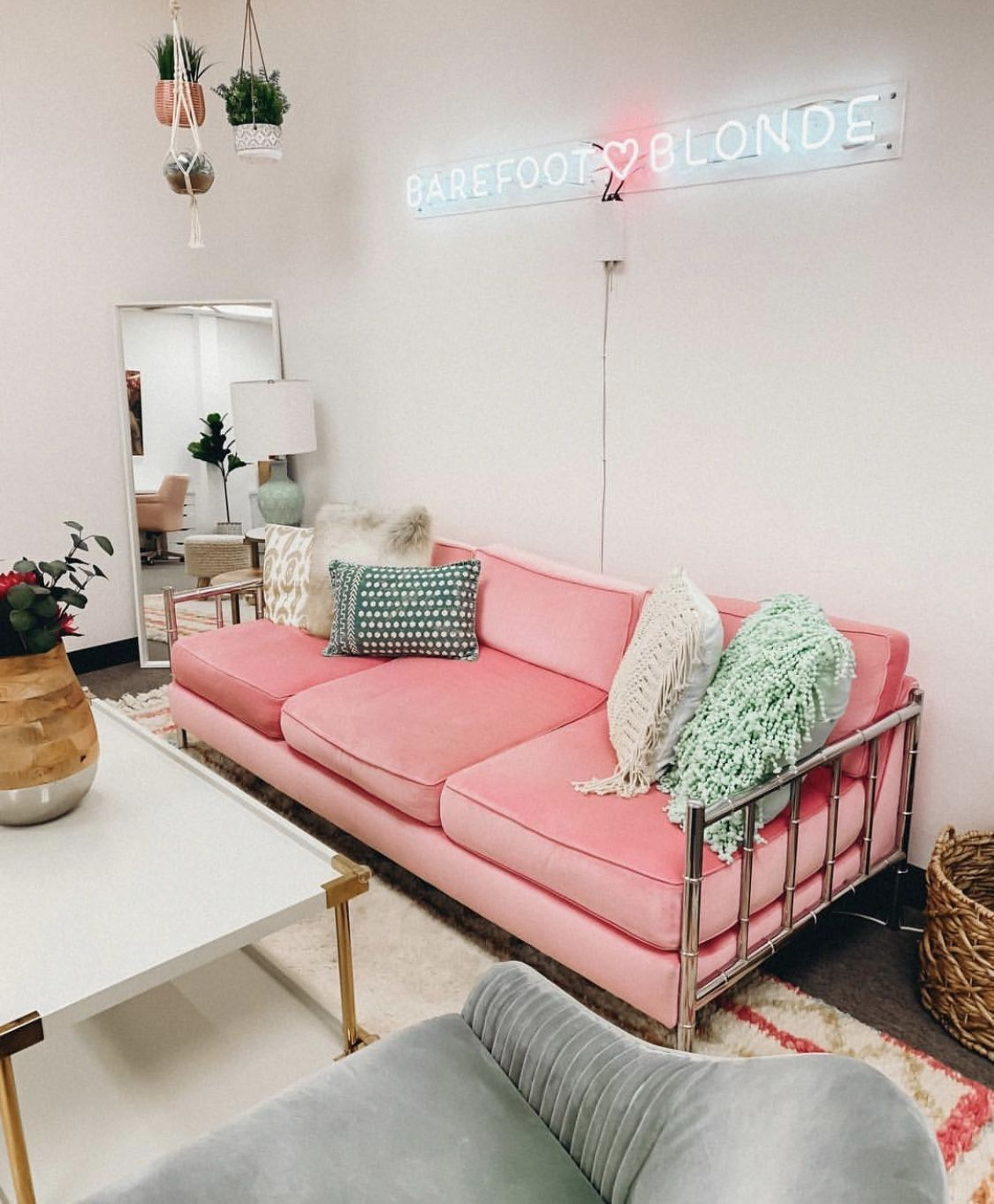 7 Tips Ideas For Living Room Modern 2020 Best Home Ideas And Inspiration Pink Living Room Room Design Home Decor Best home decor for living room