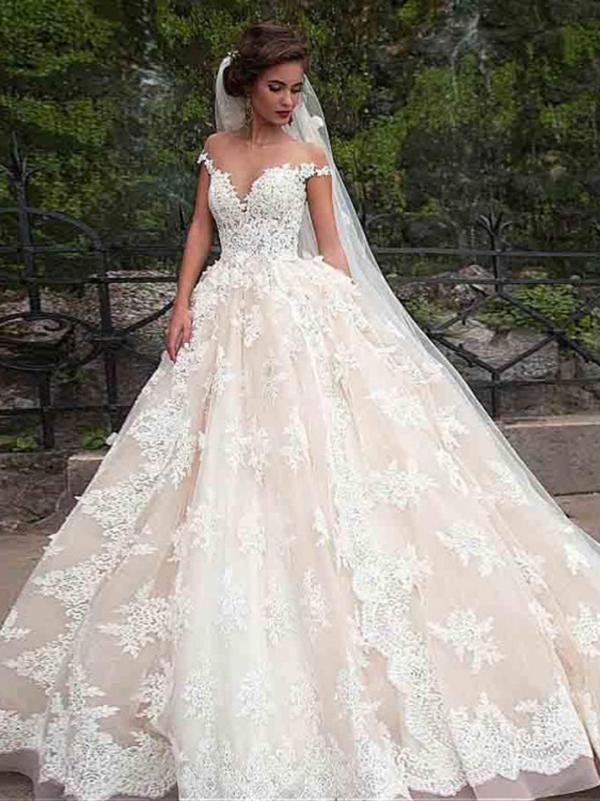 Get 2018 Vintage Lace Wedding Dress Fashion Ball Gown Wedding