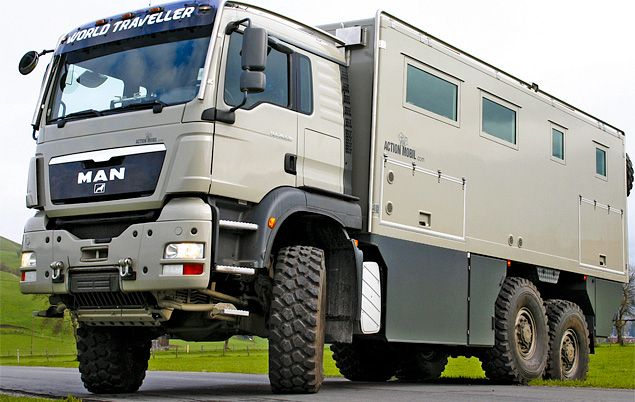 It S An Rv For Billionaires Looks Like A Garbage Truck On The