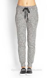 Resultado De Imagen Para Jogger Pants Mujer Joggers Outfit Sporty Outfits Sport Outfits