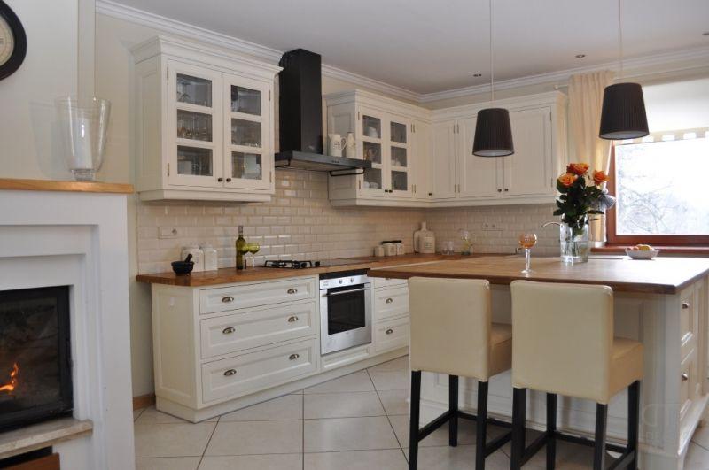 Meble Kuchenne Klasyczne Black Red White Szukaj W Google Kitchen Furniture Home Decor