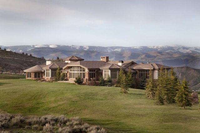 Spectacular Mountain Mansion In Colorado (17 Pics)   Izismile.com