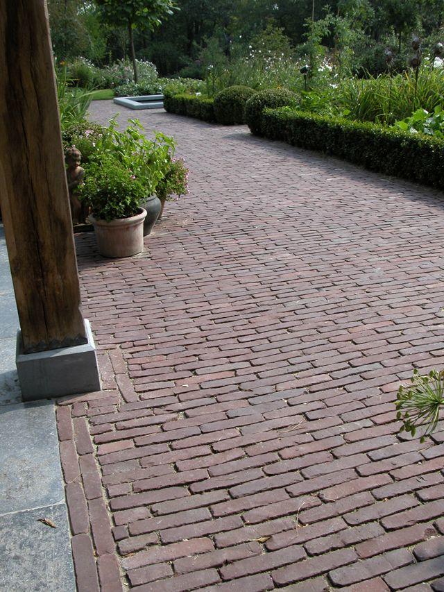mooie bestrating, betonnen voet onder paal Tuin Pinterest